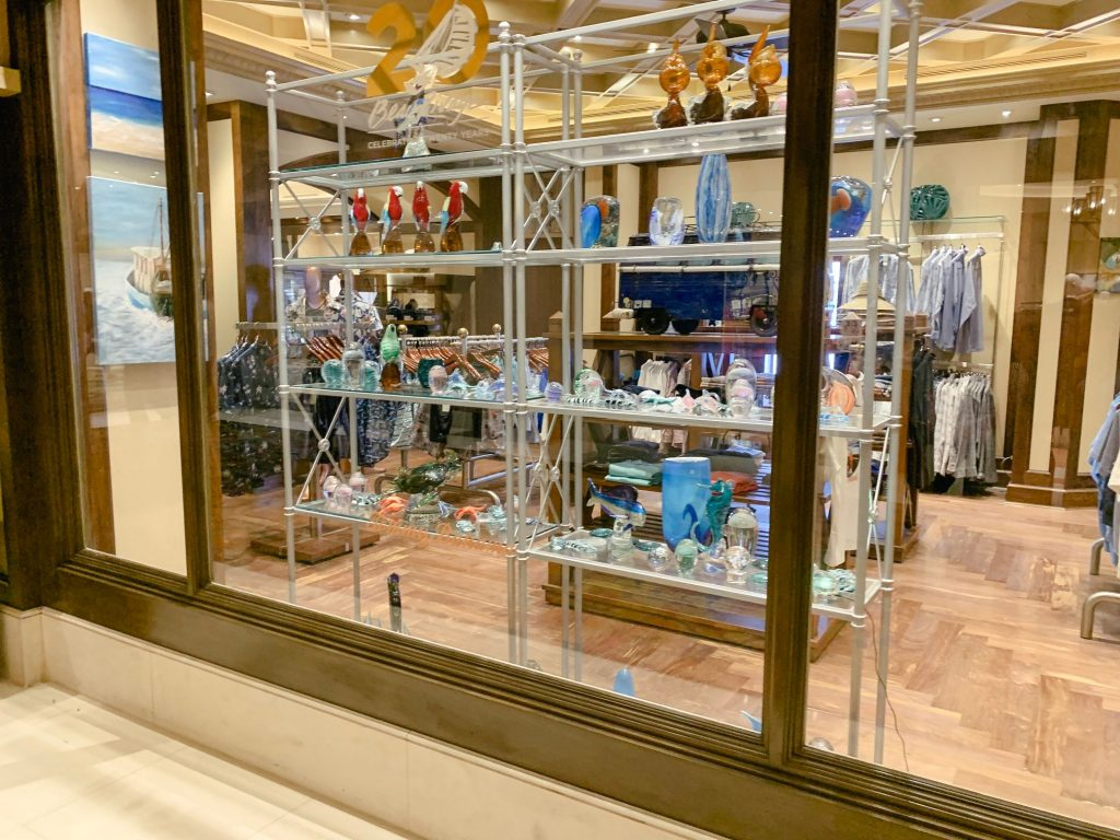 A picture of some knick knacks and clothes in one of Beau Rivage's shops.