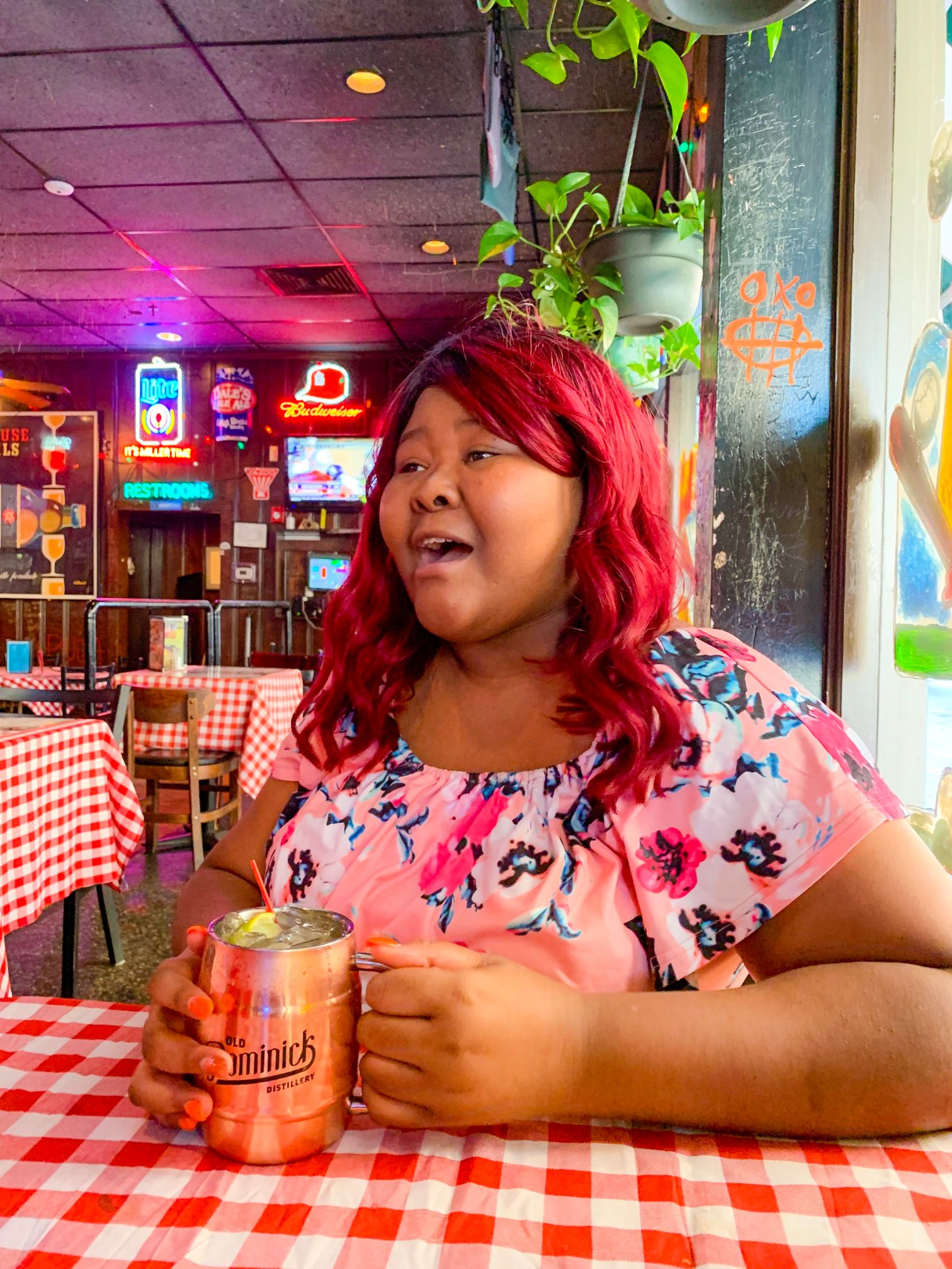 48 Hours In Memphis, Tennessee | Huey's Restaurant